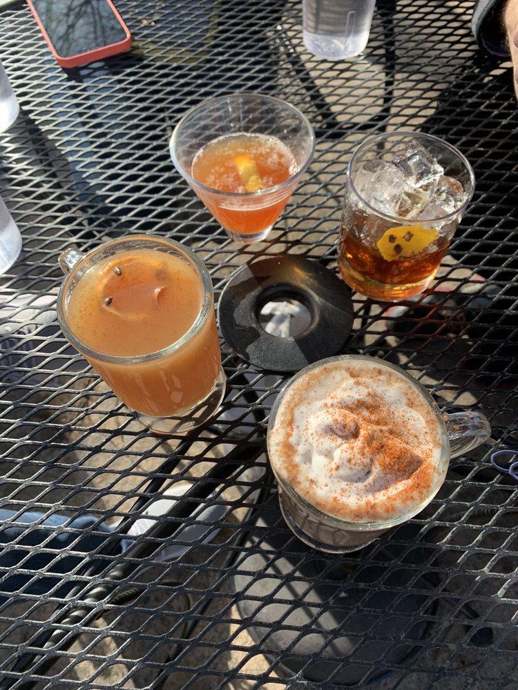 Goldfinch Kitchen & Cocktails: 122 Cherry St, Black Mountain, NC