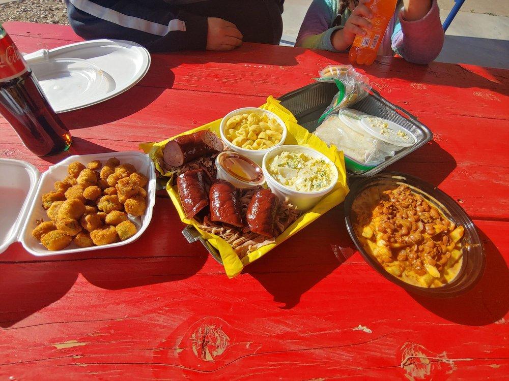 La Sierra BBQ: 1209 W 2nd St, Roswell, NM