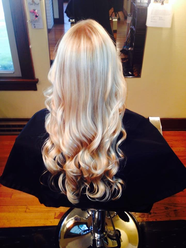 Oak Street Salon: 308 E Oak St, Mahomet, IL