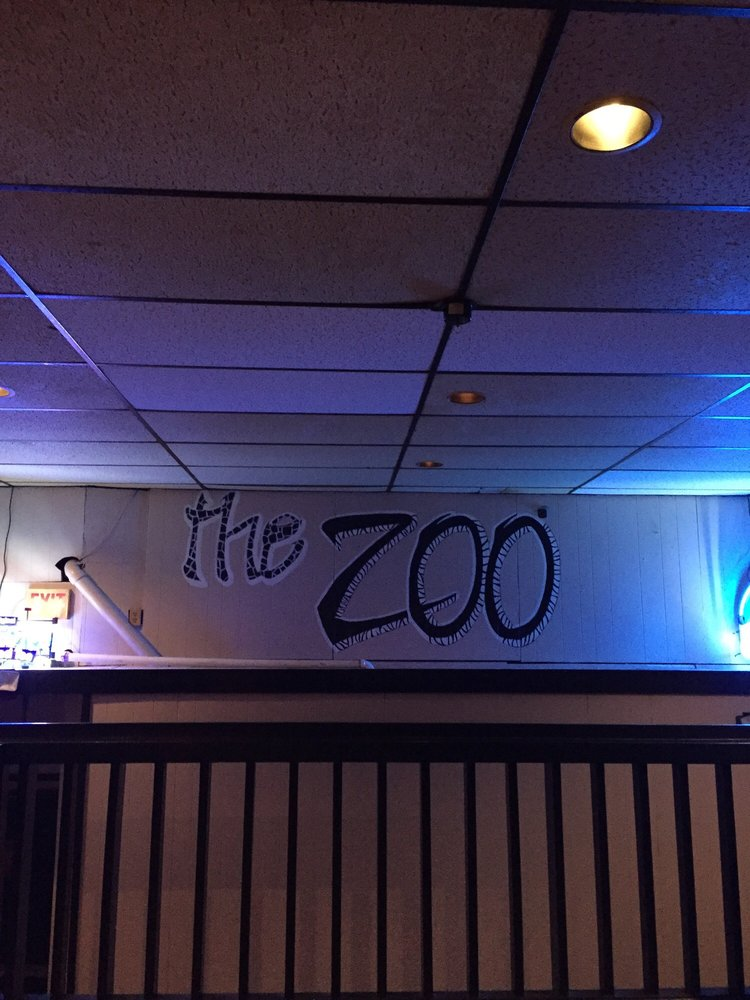 The Zoo: 102 W Ashland Ave, Indianola, IA