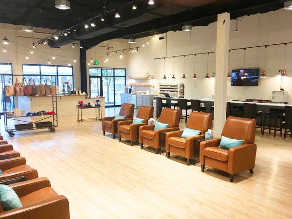 Embellish Nails & Boutique: 12101 Bee Cave Rd, Bee Cave, TX