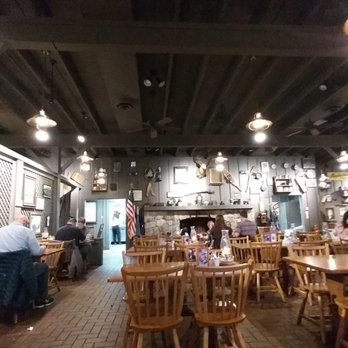 cracker barrel old country store 23 photos 27 reviews southern rh yelp com