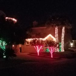 Las Vegas Holiday Lighting - Get Quote - Holiday Decorating Services ...