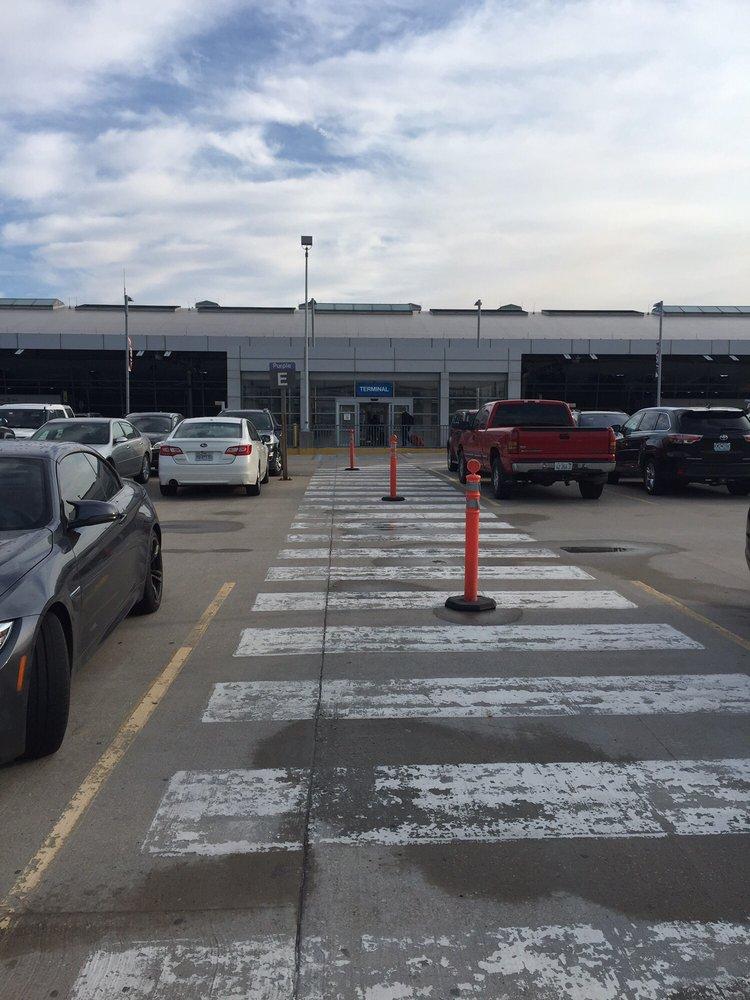 Metro STL: Main Terminal, Saint Louis, MO