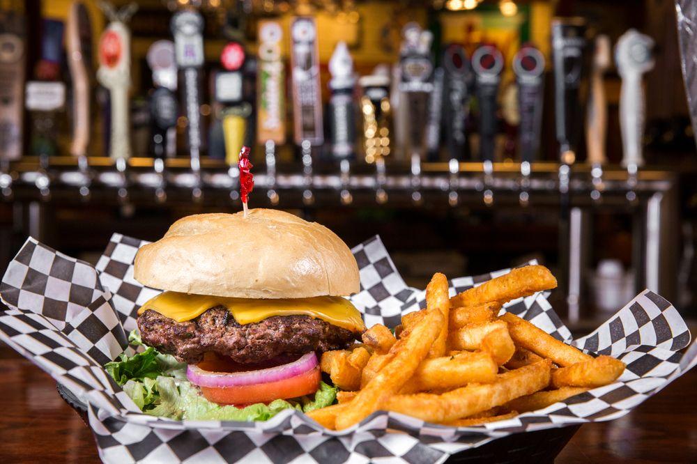 Leo's Pub & Grille: 202 N Diamond St, Mount Pleasant, PA