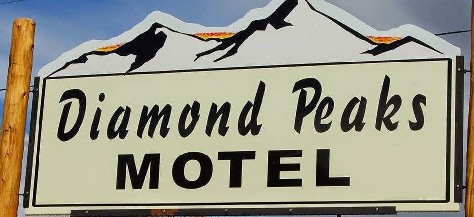 Diamond Peaks Motel & Country Store: 1216 Rt 26, Colebrook, NH