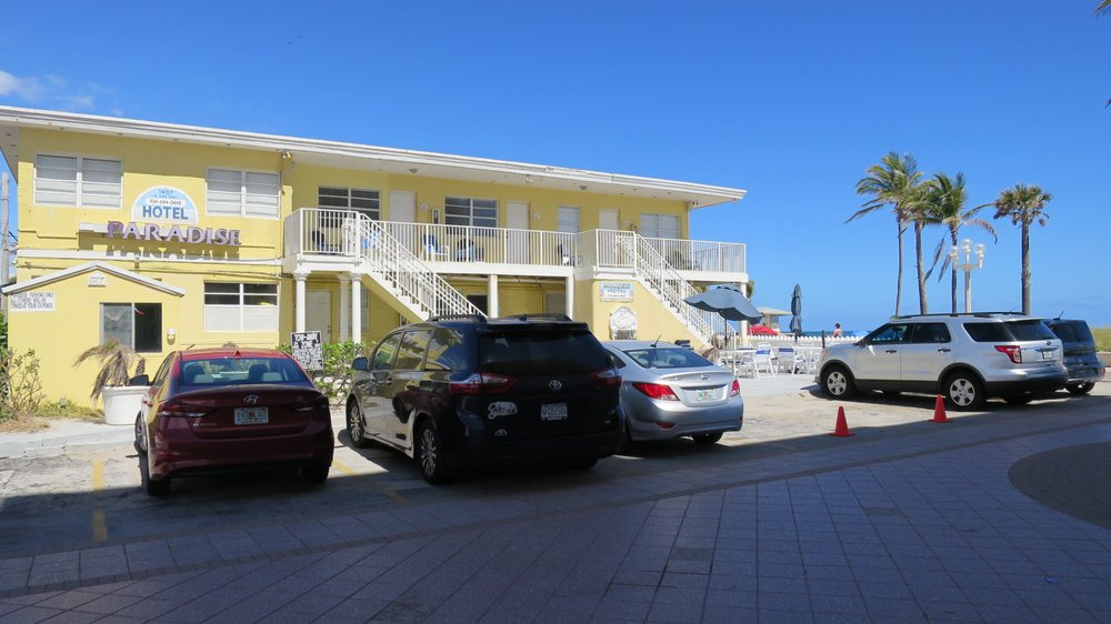 Paradise Oceanfront Hotel