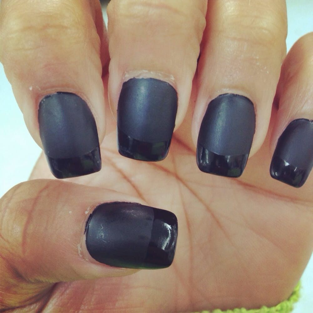 A break from my pointed nails #short #square #black #matte Tina the ...