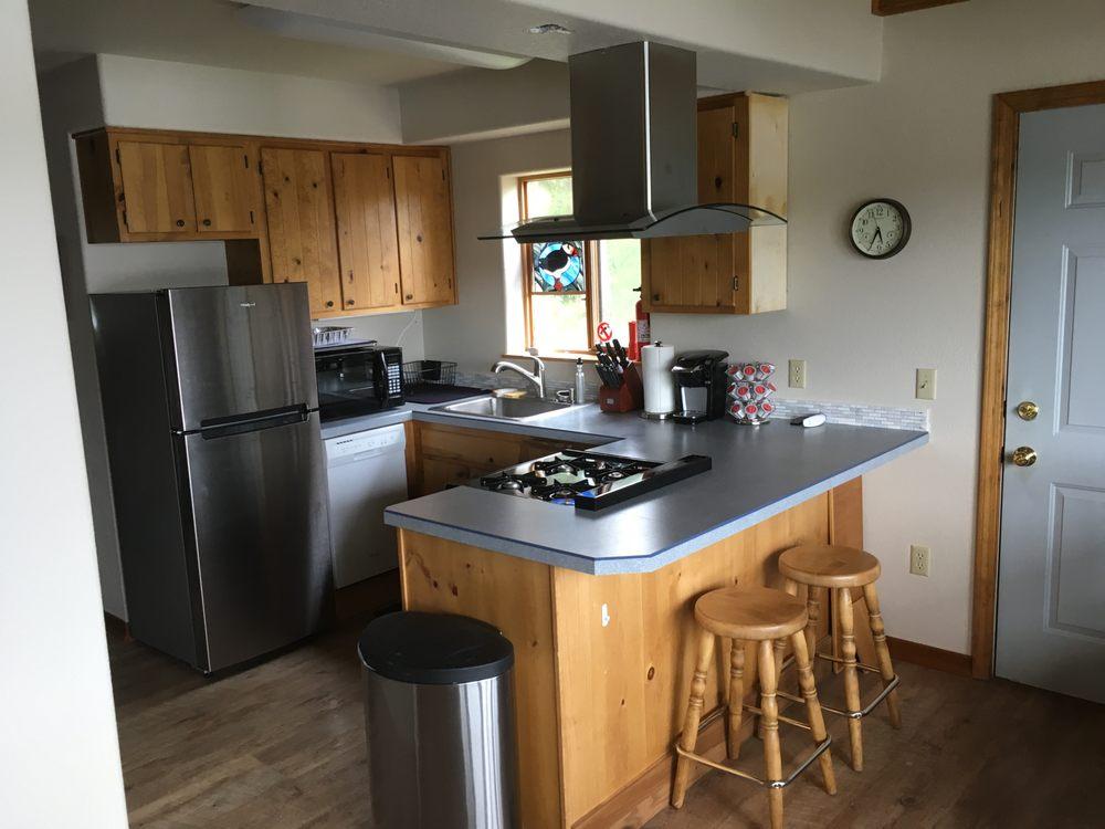 Loon Lake Resorts: 37088 Conners Rd, Soldotna, AK