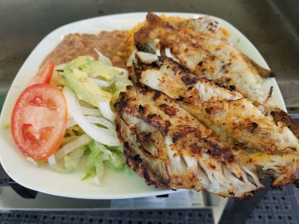 La Tapatia Market & Deli: 646 S 13th St, Grover Beach, CA