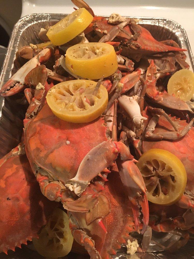 Ward's Seafood Market: 1001 Belleair Rd, Clearwater, FL
