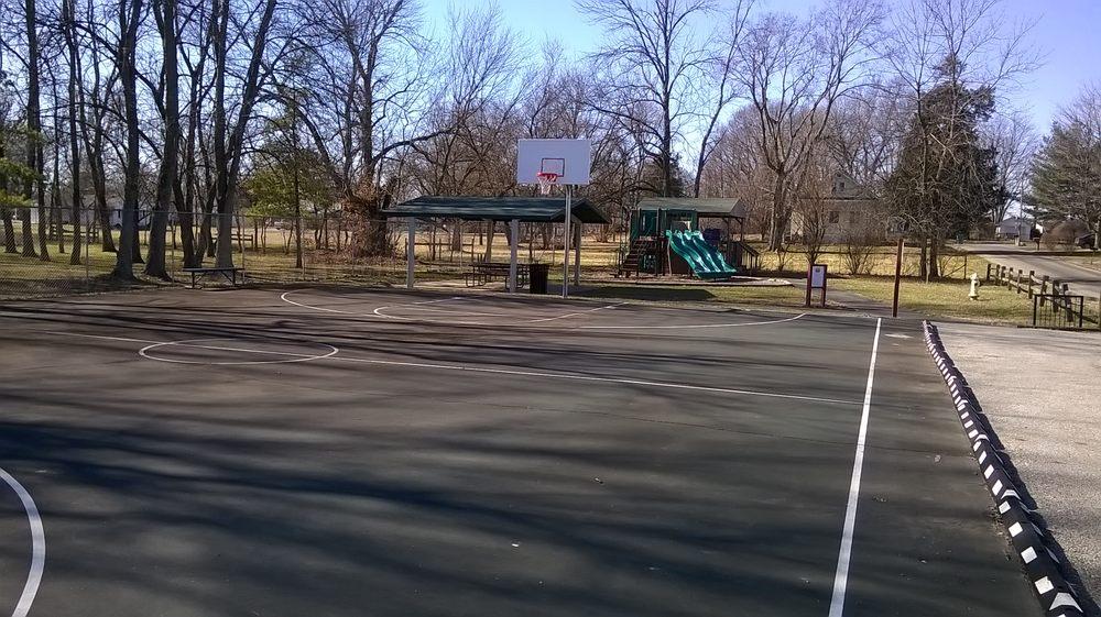 Switzer Memorial Park: 47 North St, Bargersville, IN