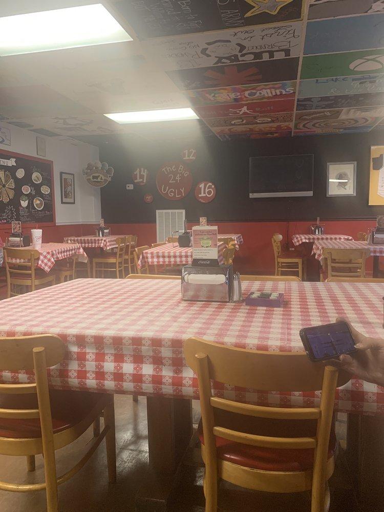 Sheila's Pizza: 119 Lightwood Rd, Deatsville, AL