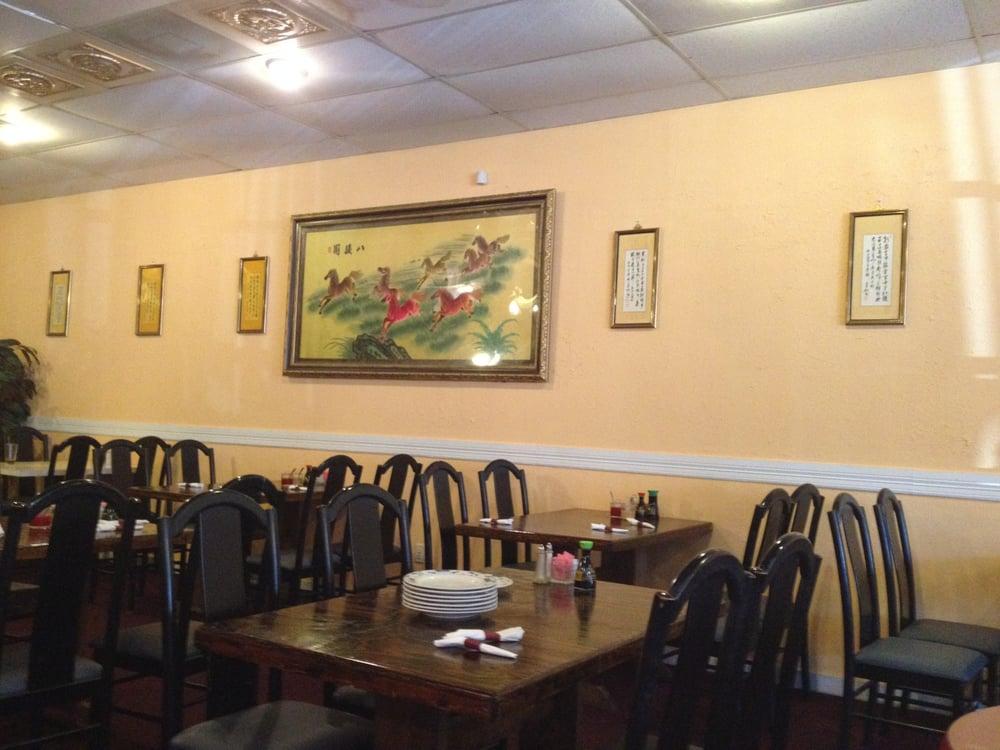 Panda Chinese Restaurant: 1207 Alamo St, Commerce, TX