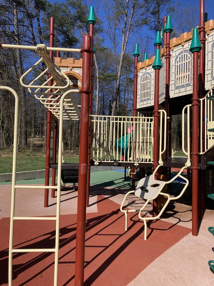 Cheverly Euclid Street Neighborhood Park: 5610 Euclid St, Cheverly, MD