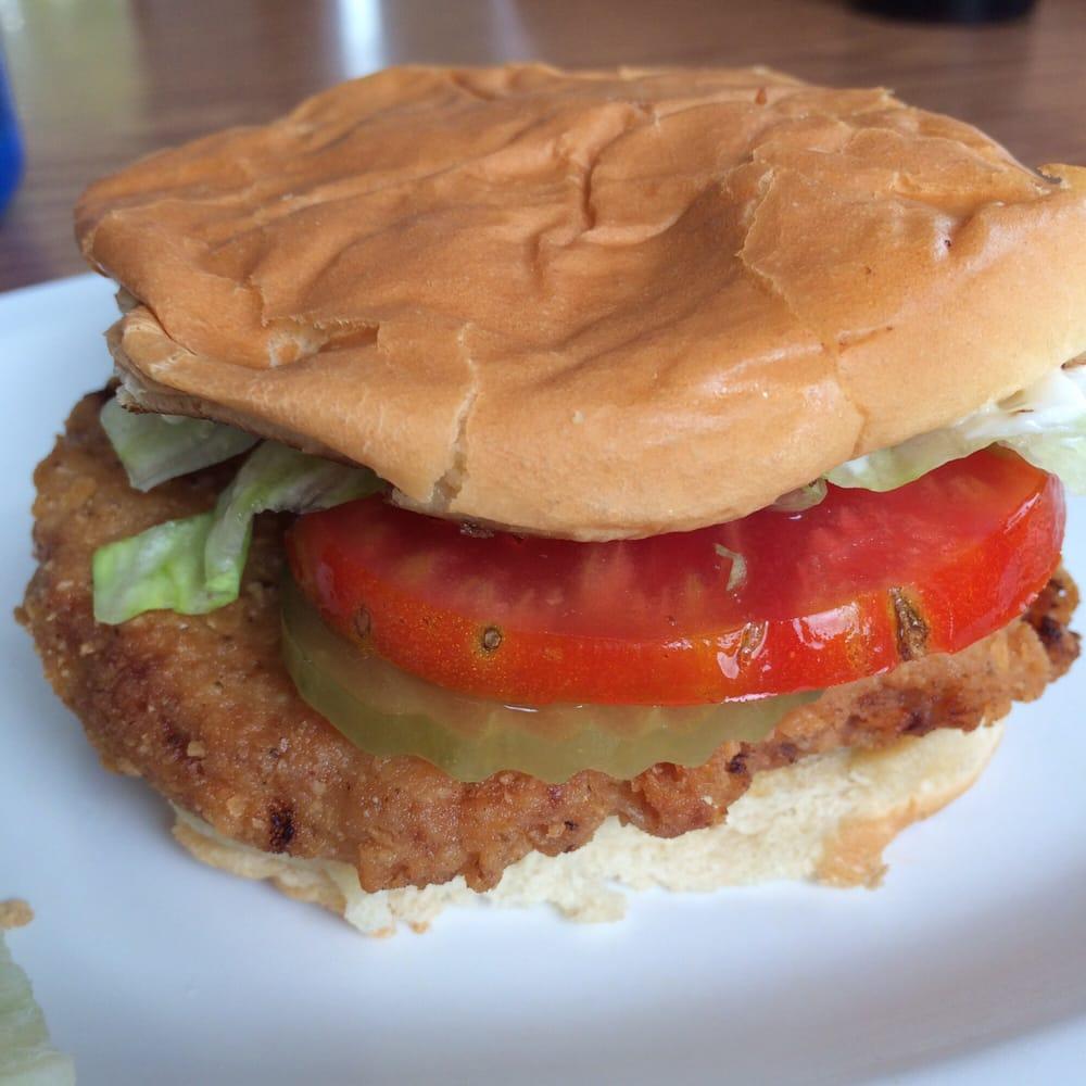 Lynda's Grill: 109 Jefferson St, Taylorsville, KY