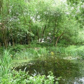 Le jardin naturel 13 photos jardin botanique 120 rue for Le jardin naturel lespinasse