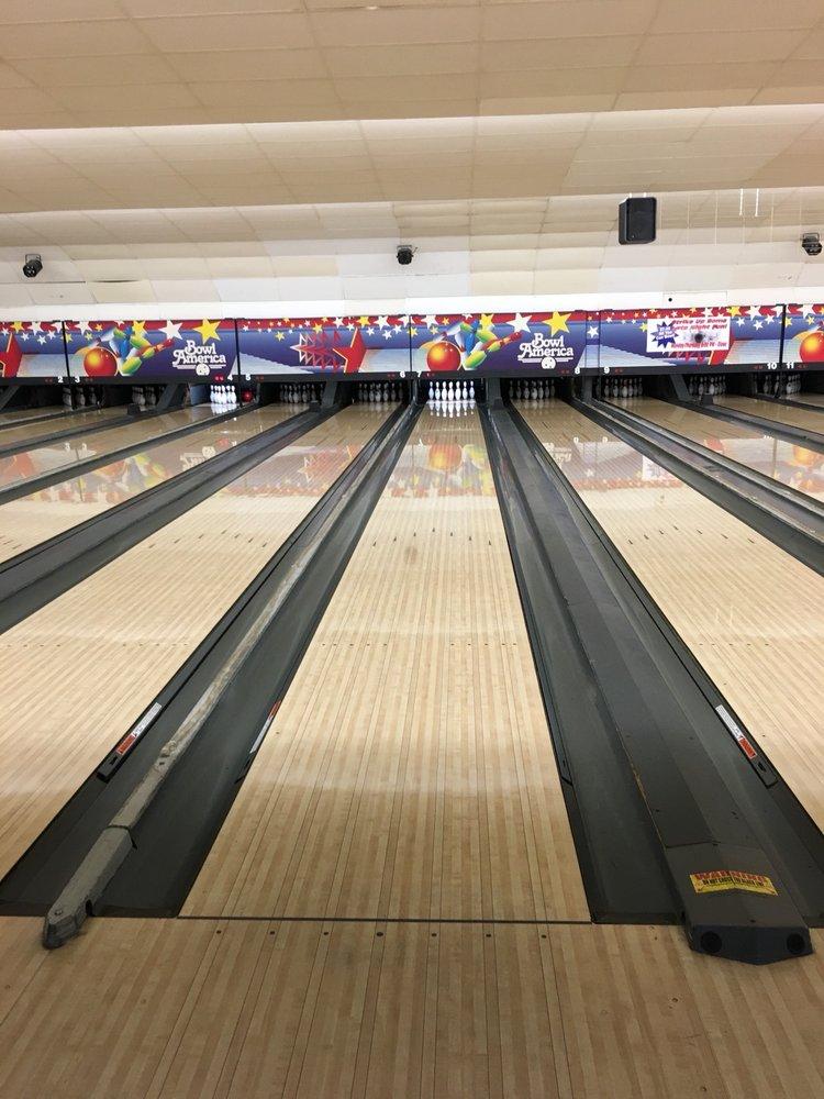 Bowl America: 9699 Fairfax Blvd, Fairfax, VA