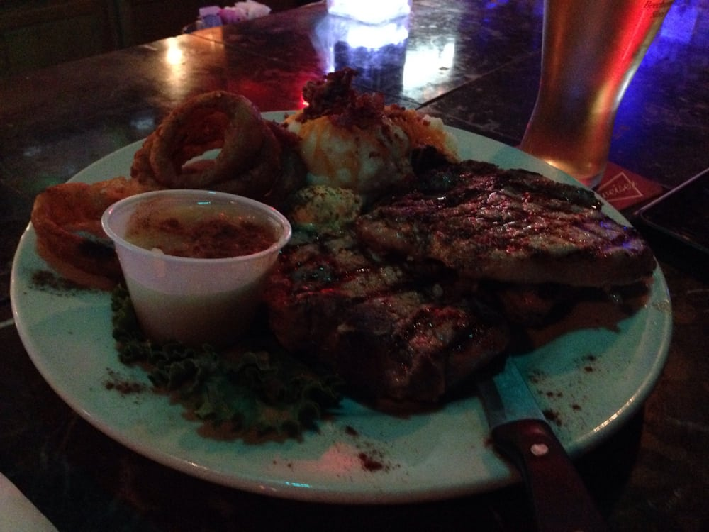 Tolly's Gastropub: 644 Wagner Ave, Greenville, OH