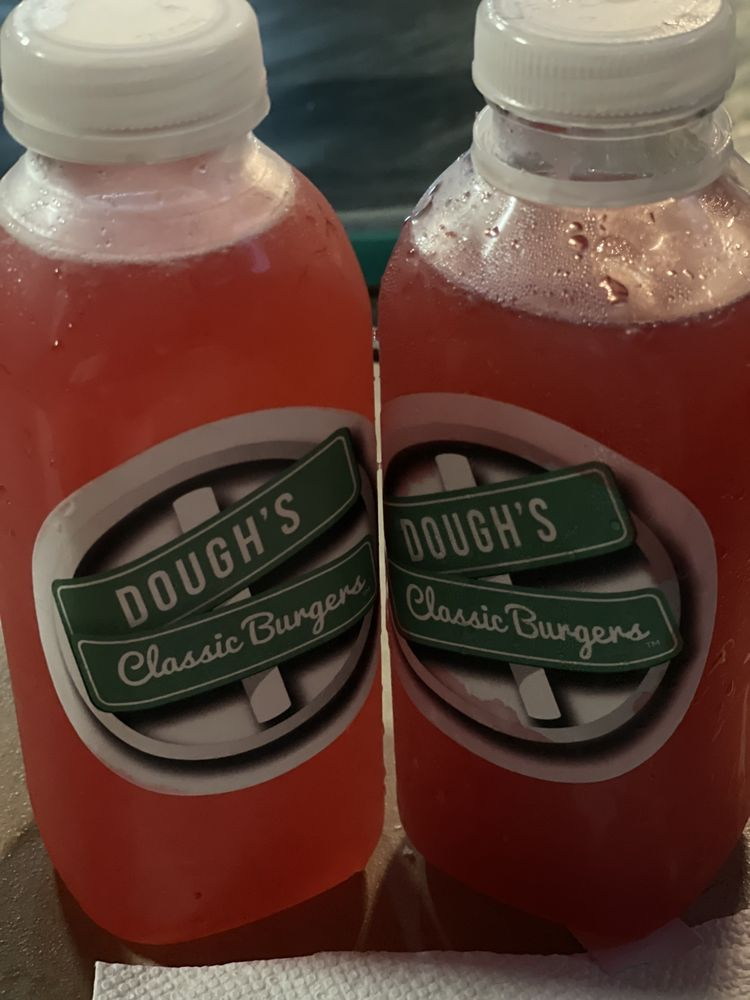 Dough's Classic Burgers: District Heights, MD