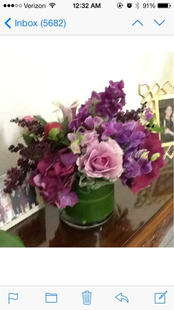 Flower Bowl Florist: 2325 Boulevard Cir, Walnut Creek, CA