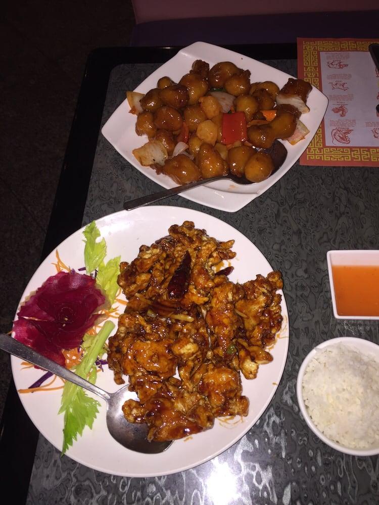 JJ Dynasty Chinese-Japanese Restaurant: 4514 Sunrise Hwy, Oakdale, NY