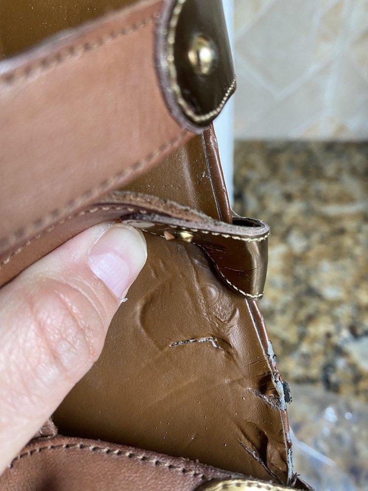 Boca Cove Shoe & Luggage Repair & Sales