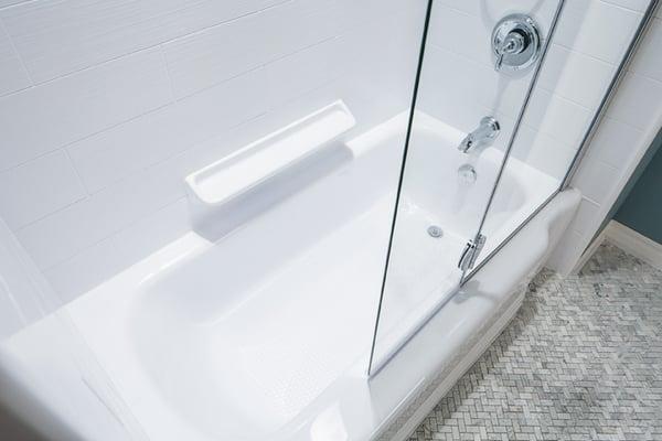 Bath Fitter Of Kingsport E Oakland Avenue Johnson City TN - Bathroom remodel johnson city tn