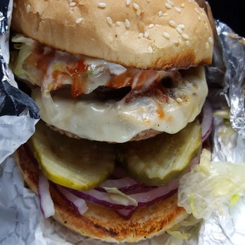 The Shopping Bag - 44 Photos & 62 Reviews - Burgers - 166 North St ...