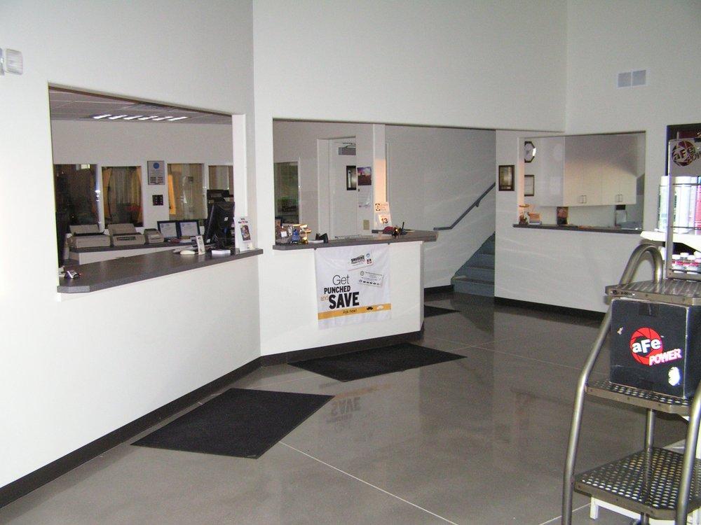 Sauders Automotive: 454 Glover Rd, Sidney, NE