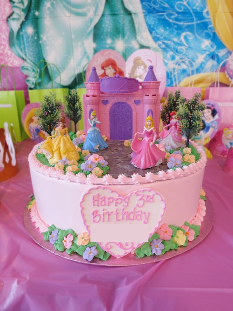 Disney Princess cake it was perfect Yelp