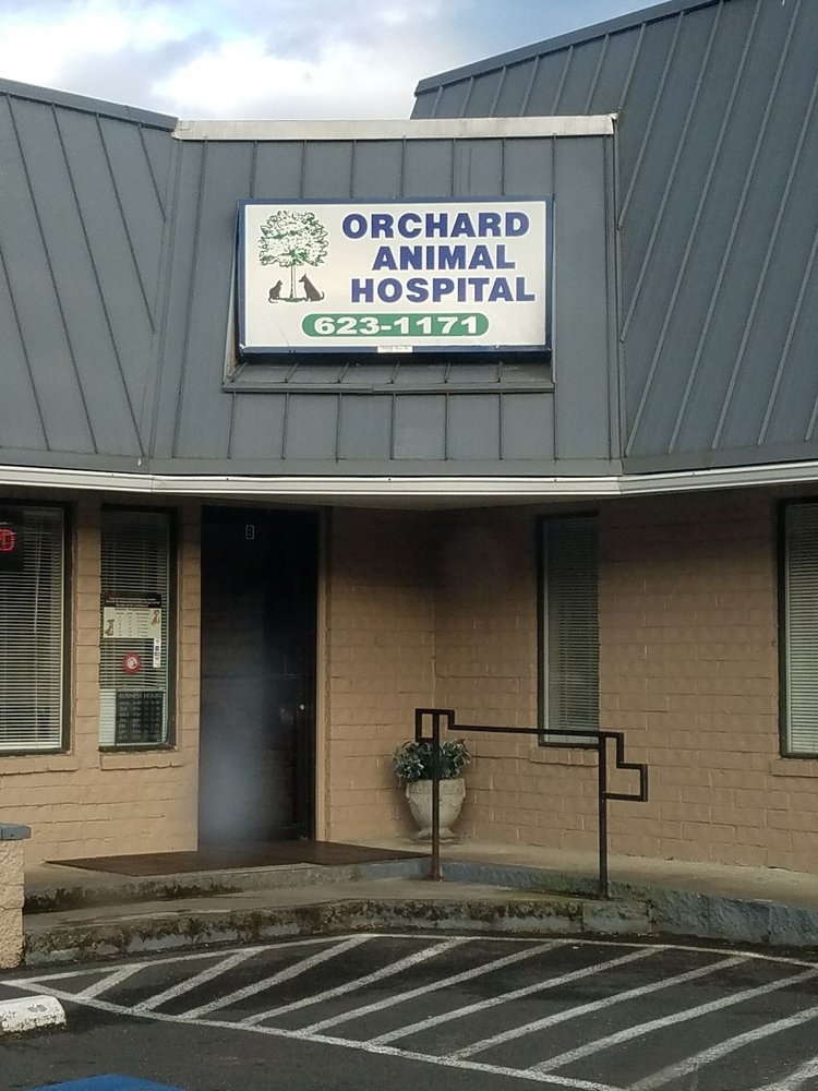 Orchard Animal Hospital: 175 NE Kings Valley Hwy, Dallas, OR