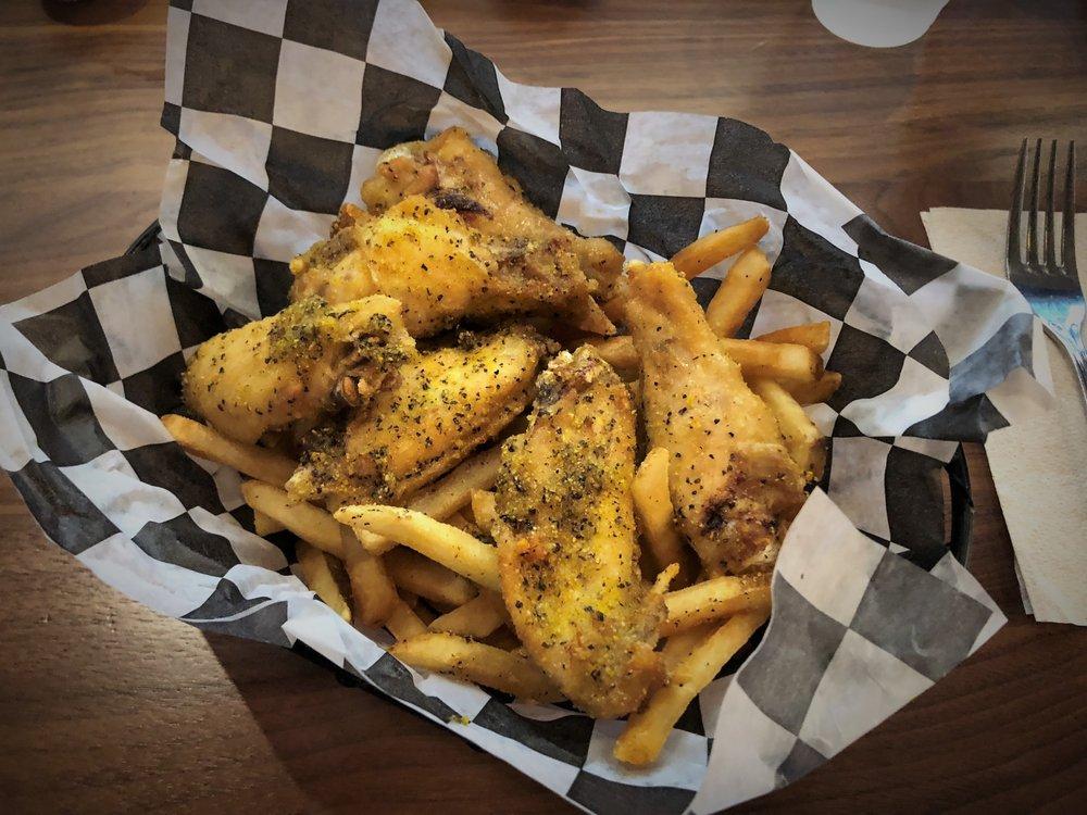 Street's Fine Chicken: 5211 Forest Ln, Dallas, TX