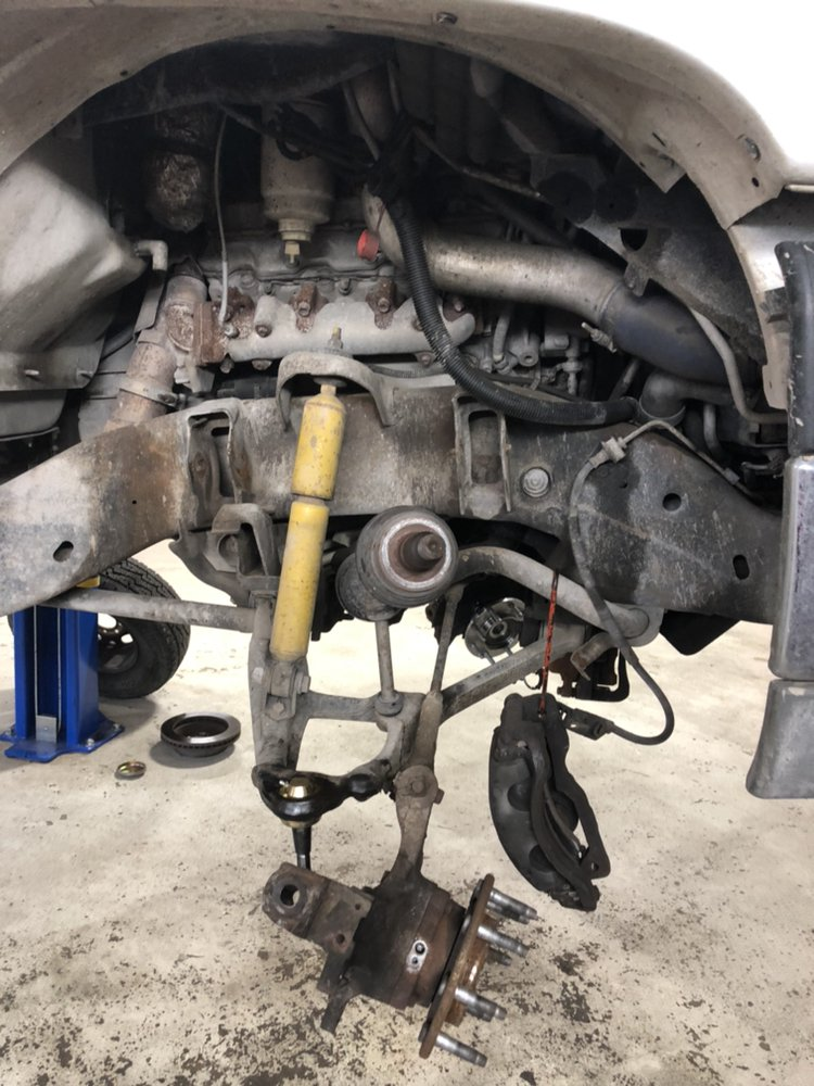 Whistler's Auto Repair: 14023 S Casper St, Glenpool, OK