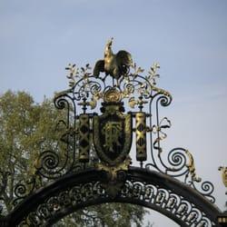 Palais de l'Elysée - Paris, France. Portail du jardin Palais de l'Elysée
