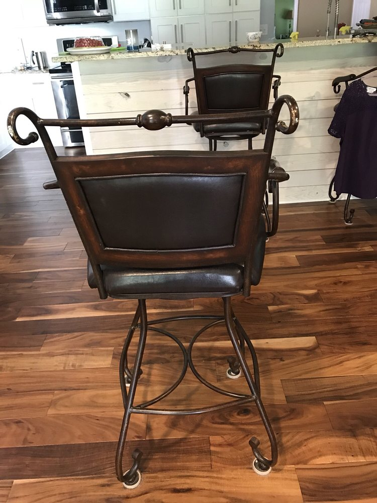 Williams Custom Upholstery: 101 Lindy Creek Rd, Goose Creek, SC
