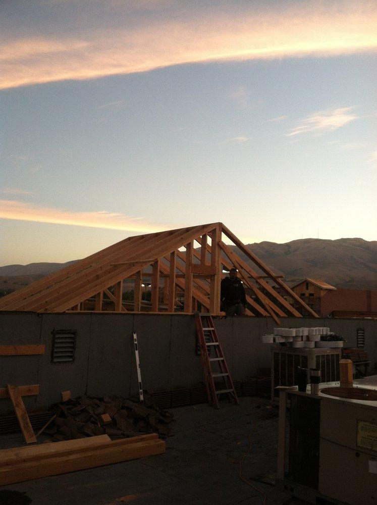 M&M Construction: 3665 Moon Pl, Aromas, CA
