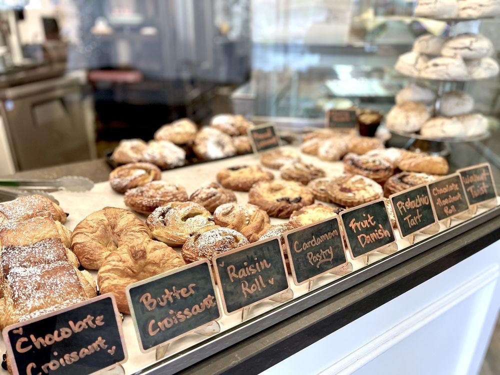 Savour Bakery