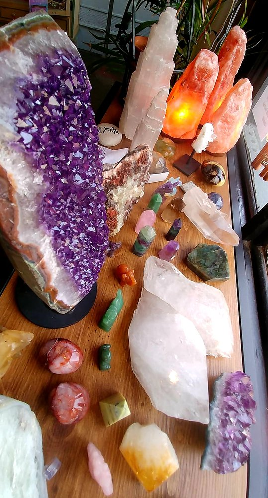 Queen Bee Crystals: 300 Hull Ave, Jerome, AZ