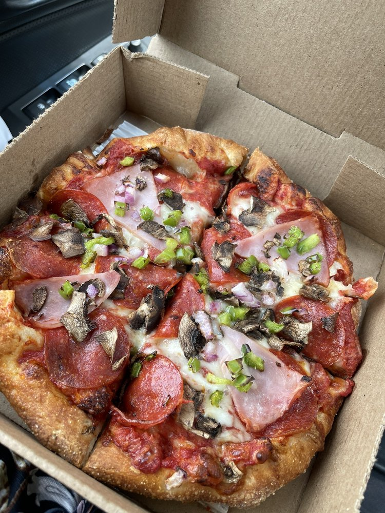 Papa Romano's Pizza & Mr. Pita: 5797 1/2 S Main, Clarkston, MI