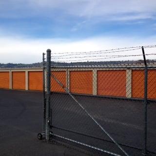 StorQuest Self Storage: 9990 Victoria Way, Jamestown, CA