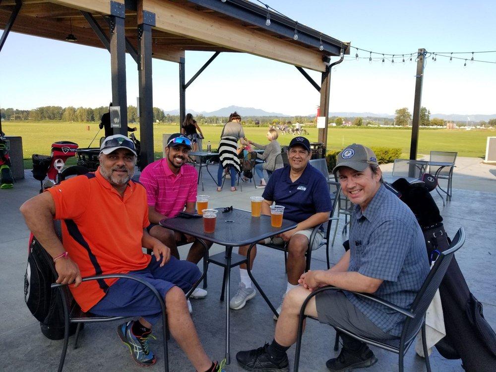 Snohomish Valley Golf Center: 8511 Marsh Rd, Snohomish, WA