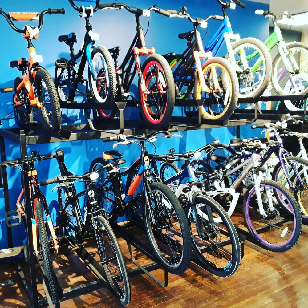 Social Spots from Earl's Bicycle Store