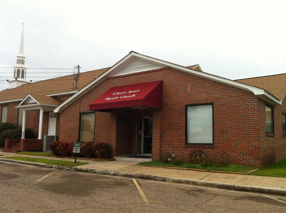 Cherry Street Baptist Church: 520 Cleveland Ave, Attalla, AL