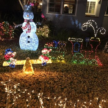 Photo of Christmas Tree Lane - Alameda, CA, United States - Christmas Tree Lane - 456 Photos & 82 Reviews - Local Flavor - 3200