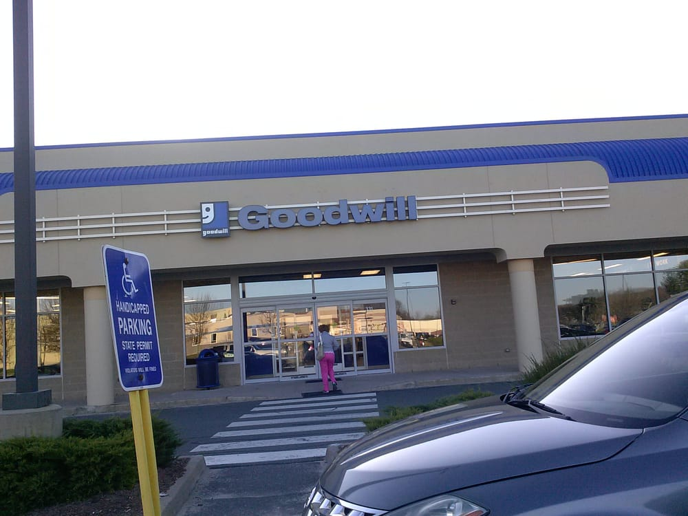 Goodwill: 331 Cottage Grove Rd, Bloomfield, CT
