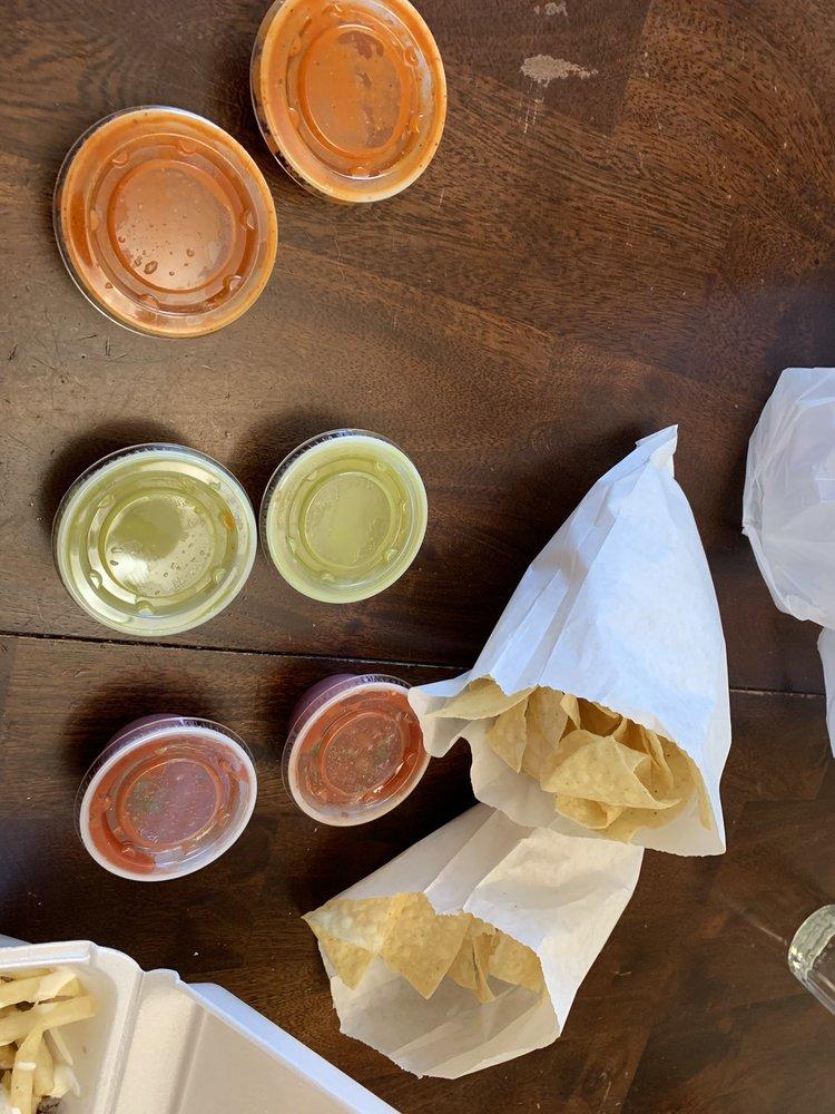 Arroyos Mexican Restaurant: 1063 N Harrah Rd, Harrah, OK