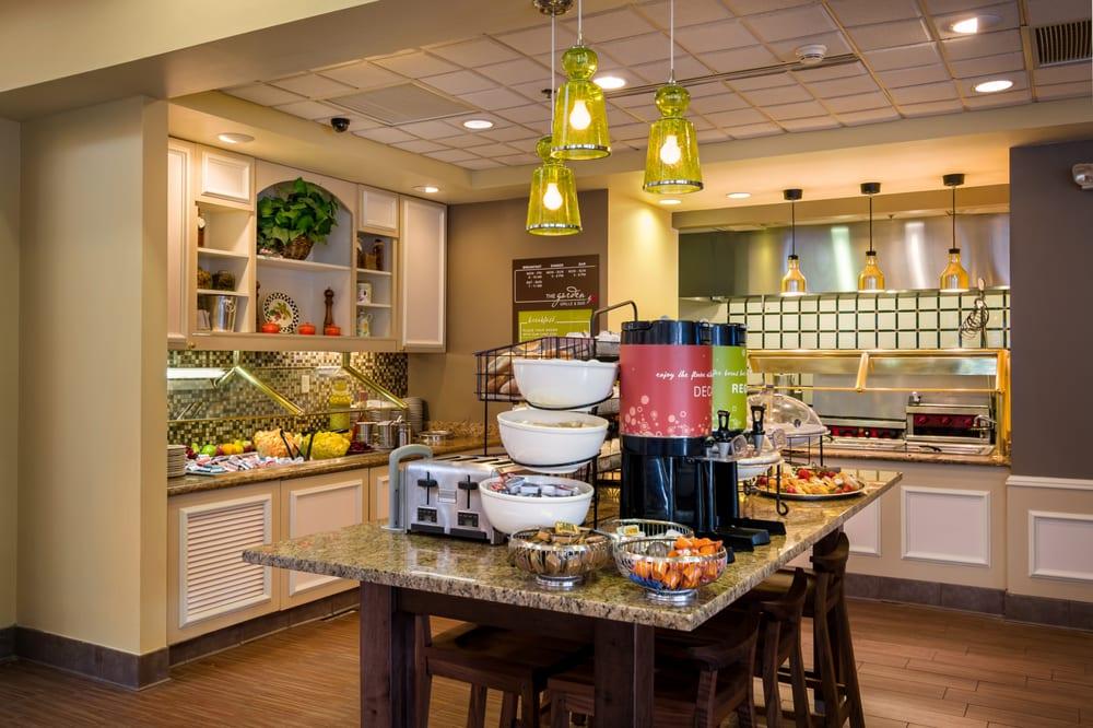 Hilton Garden Inn 15 Photos 22 Reviews Hotels 180 Regal Way Newport News Va United