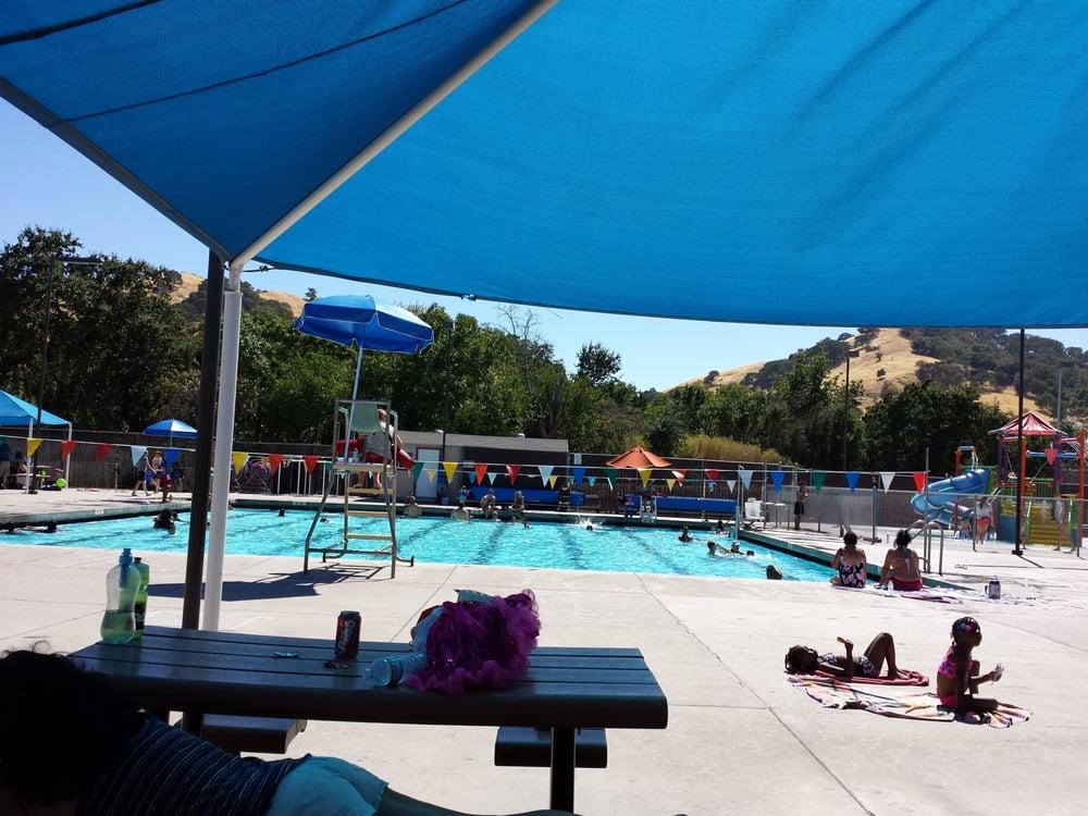 Walter graham aquatic center 16 photos 14 reviews - Vacaville swimming pool vacaville ca ...