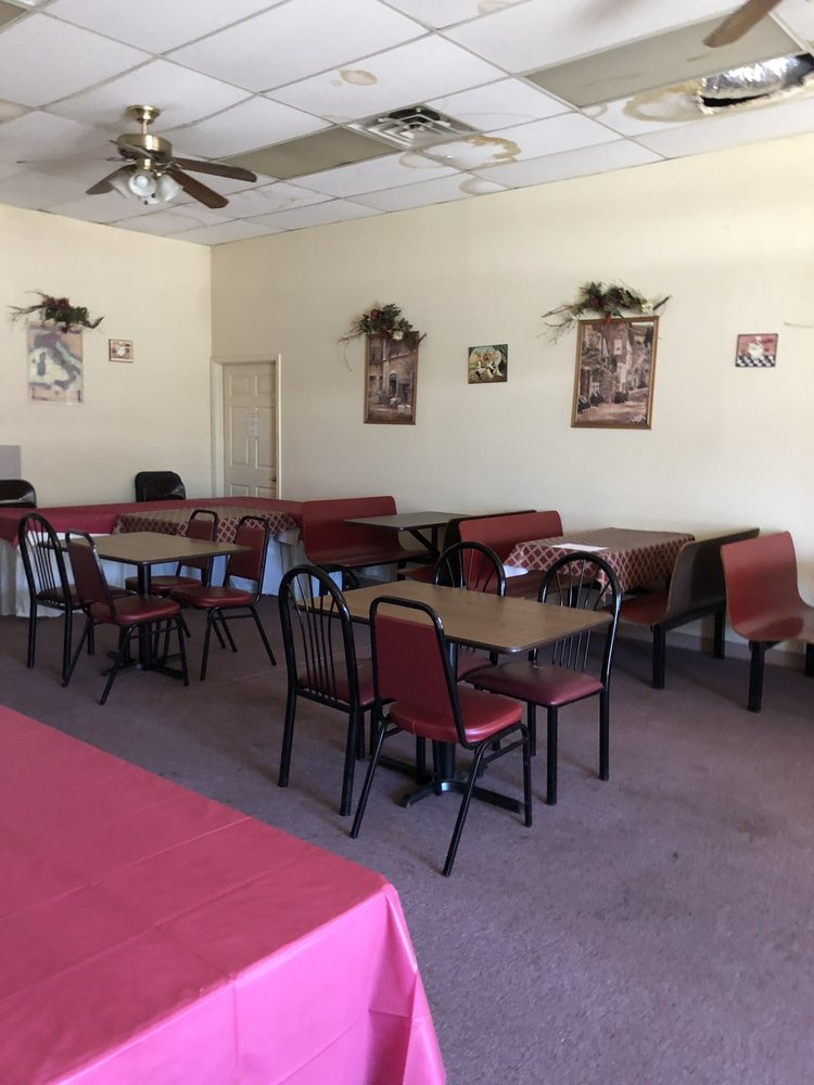 Papa Louie's Italian Kitchen & Motocross Cafe: 7172 Warren Sharon Rd, Brookfield, OH